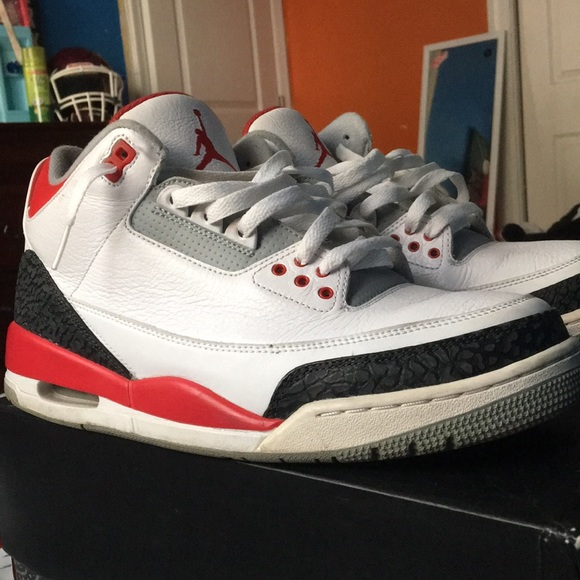 reputable site fc995 67c6a Fire red cement 3s